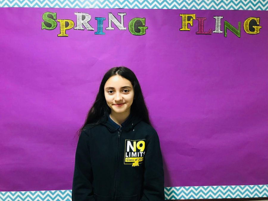 Student+Council+sets+up+for+the+Spring+Fling