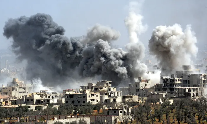 Residences+in+Syria+getting+bombed